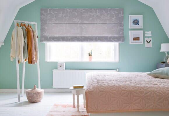 Raffrollo Schlafzimmer für eine perfekte Nachtruhe